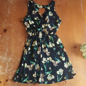 Lush Dresses - Lush dress. Black with yellow flowers. Small